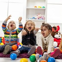 play with kids at home